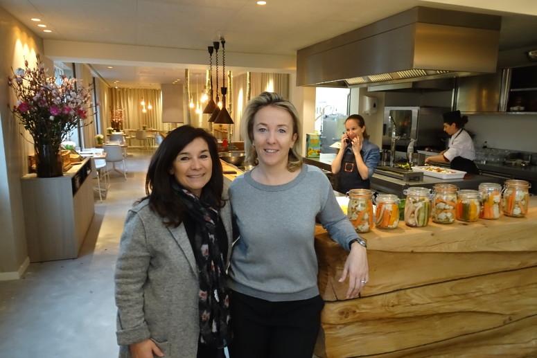 Chantal Voets met Patricia Silverans van FERM