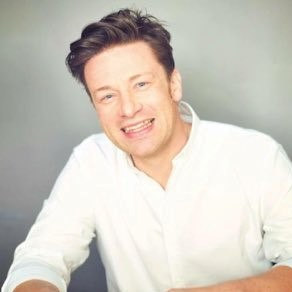 Jamie Oliver is dol op de barbecue en heeft al heerlijke recepten bereid